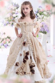 Hot Sale A-Line Spaghetti Strap Floor Length Lace Champagne Girls Pageant Dress #CKJF13003 #cocomelody #flowergirldress