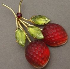 STRAWBERRIES - Austrian Glass brooch