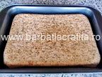 Prăjitură cu nucă şi cremă caramel | Rețete BărbatLaCratiță Creme Caramel, Sheet Pan, Springform Pan, Creme Brulee