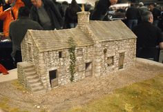 Stone Building by David Wright of Dovedale Models Vitrine Miniature, Miniature Houses, Building Structure, Model Building, Wargaming Terrain, Military Diorama, Model Train Layouts, Stone Houses, Little Houses