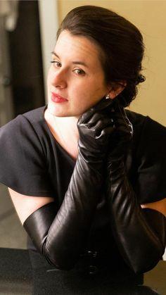 Elegant Gloves, Latex Gloves, Black Leather Gloves, Long Gloves, High Heel Boots, Glamour, Poses, Portrait, Lady