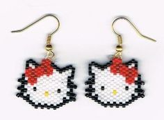 Hand Beaded Hello Kitty Head earrings by on Etsy by SharonGaia Beaded Earrings Patterns, Seed Bead Patterns, Beading Patterns, Bracelet Patterns, Stitch Patterns, Seed Bead Jewelry, Seed Bead Earrings, Seed Beads, Art Perle