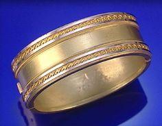 GOLD BANGLE, CIRCA 1880