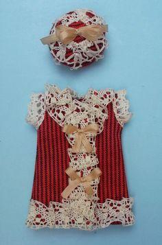 Antique style outfit in striped cotton for mignonette, antique laces