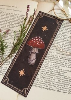 Witch Aesthetic, Book Aesthetic, Arte Indie, Bookmark Printing, Creative Bookmarks, Origami, Stuffed Mushrooms, Drawings, Illustration