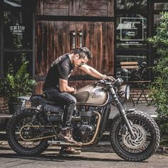 Motorcycle Discover Top 18 Stunning New Inventions cafe racer goldwing cafe racer virago cafe racer cafe racer Virago Cafe Racer, Triumph Cafe Racer, Triumph Motorcycles, Triumph Street Scrambler, Cafe Racer Bikes, Indian Motorcycles, Cafe Racer Motorcycle, Motorcycle Bike, Vintage Motorcycles