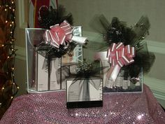 Mary Kay Gift ideas.  If you would like something like this to Purshase for someone for Christmas feel free to let me know. Free Gift Wrapping and Free Shipping.