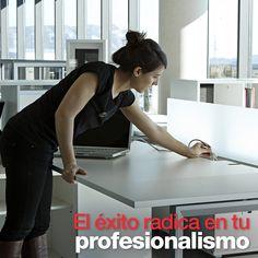 En Ofimueble queremos ayudarte a alcanzar el éxito. Y que mejor manera que brindadote un mobiliario de alta calidad que resalte tu profesionalismo. Get Well Soon, Mesas