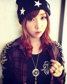 『 2NE1 』   Minzy, Gong, Minji  