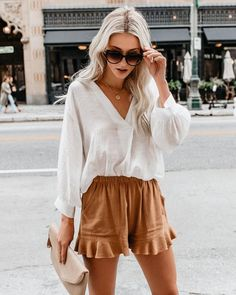 Summer Fashion Tips .Summer Fashion Tips Mode Outfits, Short Outfits, Trendy Outfits, Fashion Outfits, Fashion Tips, Fashion Trends, Stylish Summer Outfits, Fashion Hacks, Fashion Websites