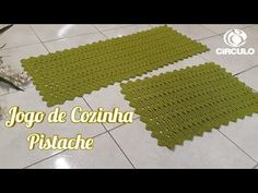 YouTube Diy And Crafts, Home Decor, Youtube, Kitchen Playsets, Crochet Doily Rug, Crochet Pattern, Tablecloths, Rugs, Kitchen Sets