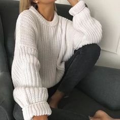 Knitted Jumper Outfit, Pullover Outfit, Oversized Sweater Outfit, Pullover Mode, Outfit Invierno, Sweater Fashion, Knit Fashion, Pulls, Cute Outfits