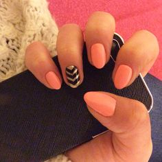My new pastel peach, gold and black nails!