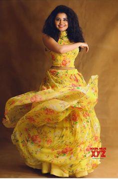 Actress Anupama Parameswaran Looks Like A Yellow Flower In New Stills - Social News XYZ Indian Gowns Dresses, Indian Fashion Dresses, Indian Designer Outfits, Designer Dresses, Baby Dresses, Trendy Dresses, Designer Wear, Indian Outfits, Long Skirt Top Designs