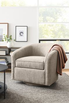 15 Best Modern Swivel Chairs images in 2019 | Modern swivel chair ...