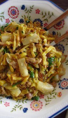 Atum à Brás com ananás Fish Recipes, Seafood Recipes, Cooking Recipes, Healthy Recipes, Portuguese Recipes, Food Goals, Creative Food, I Foods, Food Inspiration