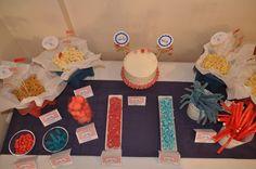 mesa dulce azul y rojo
