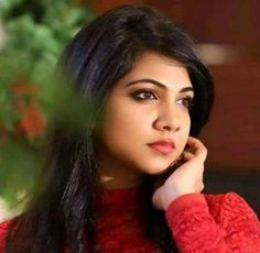 Madonna Sebastian (Actress) Profile with Bio, Photos and Videos - Onenov.in