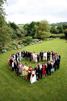 Awesome idea for a wedding picture with guests!!