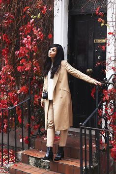Dearest Deer working perfect autumnal style in our Camel Midi Coat #riverisland #bloggerstyle
