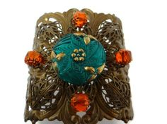Here's another looker from Dr. Brassy's Steampunk, utilizing the manipulated filigree.