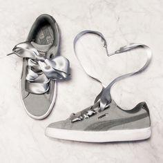 Zum verlieben schön! Die Sneaker 'Suede Heart Safari' lassen Dein Herz höher schlagen @aboutyoude Puma Sneaker, Puma Suede, Up Styles, Safari, Kicks, Ribbon, Sneakers, Inspiration, Heart
