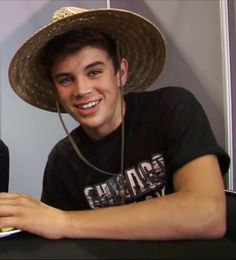 Hayes Grier❤❤❤❤