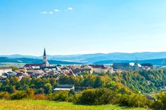 Discover the best top things to do in Košice. Elizabeth's Cathedral to a strong coffee at a local café, you'll find tons to love about this authentic European city. Stuff To Do, Things To Do, Beautiful Places In The World, Bratislava, Top Ten, Places To See, Cathedral, Mountains, City