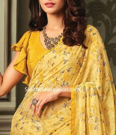 chiffon saree blouse 2 Here are 25 latest Chiffon Saree Blouse Designs that are trendy and stylish. These latest blouse designs are suitable for all occasions Saree Jacket Designs, Saree Blouse Neck Designs, Fancy Blouse Designs, Blouse Patterns, Sewing Patterns, Sari Design, Chiffon Saree, Sleeveless Saree Blouse, Chiffon Blouses