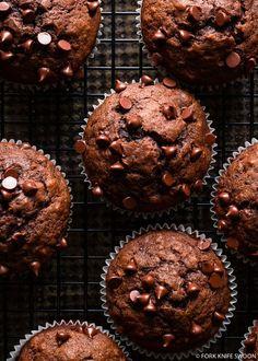 Dark chocolate banana muffins