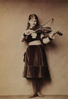 Xie Kitchin , photographed by Lewis Carroll