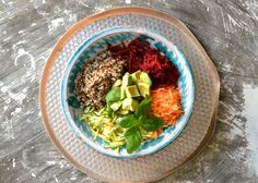 Post Yoga Detox Salad — http://www.theherbdiaries.com/homepage/2014/3/31/post-yoga-detox-salad