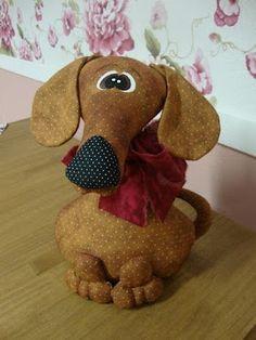 Perro con tela de lunares