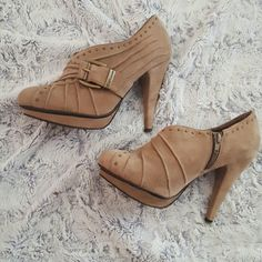 BCBG generation Ankle Boots Gorgeous tan zip up booties. Slight damage inside shoe where price sticker was removed. Not visible while wearing! BCBGeneration Shoes Ankle Boots & Booties