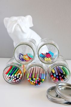 Mason jar organizer organizing tips mason jar crafts, pot mason, ma Pot Mason Diy, Mason Jars, Mason Jar Storage, Mason Jar Crafts, Glass Jars, Desk Organization Diy, Diy Desk, Organizing Tips, Household Organization