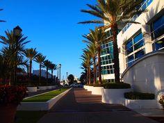 Miami autolla päivässä - mitä ei kannata tehdä ja pari kivaakin juttua - Matkablogi Vaihda vapaalle Key West, Miami, Mansions, House Styles, Home Decor, Key West Florida, Decoration Home, Room Decor, Fancy Houses