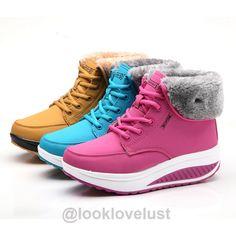 Platform Winter Boots - Shoes - Look Love Lust https://www.looklovelust.com/products/platform-winter-boots
