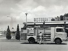 Coca-Cola italiana: una carrellata di immagini storiche : Coca-Cola Italia