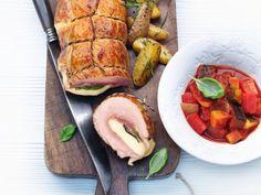 Gefüllte Kalbsröllchen ist ein Rezept mit frischen Zutaten aus der Kategorie Kalb. Probieren Sie dieses und weitere Rezepte von EAT SMARTER!