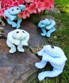 Show yr Child How to Make a Bean Bag Frog! Pattern Provided by Jill Richmond + Step-by-Step Clear Instructions! Sew by Hand|Machine=  Child Needs Adult to Supervise ALL the time!