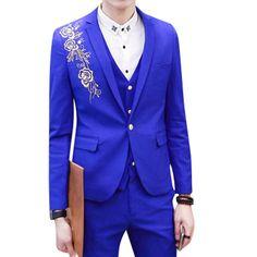 Formal Royal Blue Mens Blazer with Golden Embroidery #royal #mens #blazer #shopping #blazersnap http://www.blazersnap.com/blazersnap-luxury-clothes-blazers-collection/mens-selection/amazing-blazers-for-men-c-998349867.html
