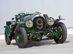 Bentley 4 ½ ''Blower'' '1929–30. But this is not the blower, this is only the 4.5 liter. Also a Le Mans contender.
