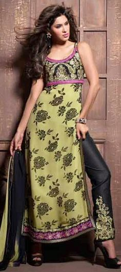roses #Salwarkameez #indianwedding #partywear #sleeveless #onlineshopping #sale #indianfashion #embroidery