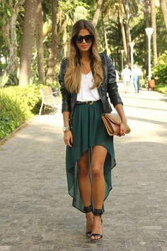 Une jupe courte-longue Plus