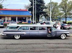 1960 Chevrolet Airporter. (limousine)