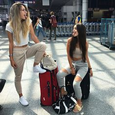 WEBSTA @ elisabeth.rioux - MONTREAL AIRPORT WITH MY GIRLFRIEND NEXT STOP NICE