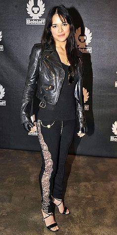 Michelle Rodriguez, Resident Evil, Swat, San Antonio, Hispanic Actresses, Fan Picture, Badass Women, Celebrity Feet, Beautiful Celebrities