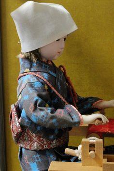Japan. Karakuri weaving doll (nishijin)