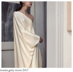 Rosetta Getty merged two main influences for her resort 2017 collection, the colour palette inspired by the American painter Ellsworth . Rosetta Getty, Charlotte, Women Wear, Formal Dresses, Instagram, How To Wear, Mount Olympus, Style, Dc Universe