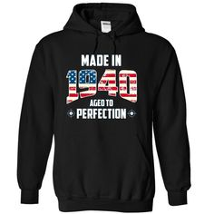 """Were you born in 1940? Then this shirt is for you! """"Made in 1940 - Aged to perfection"""". THE PERFECT GIFT FOR BIRTHDAY."""